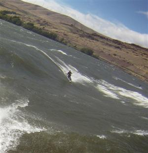 kiteboarding the gorge